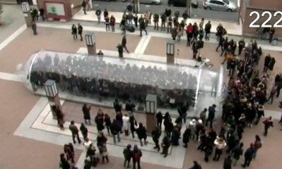 flashmob The Condom mob stopaids